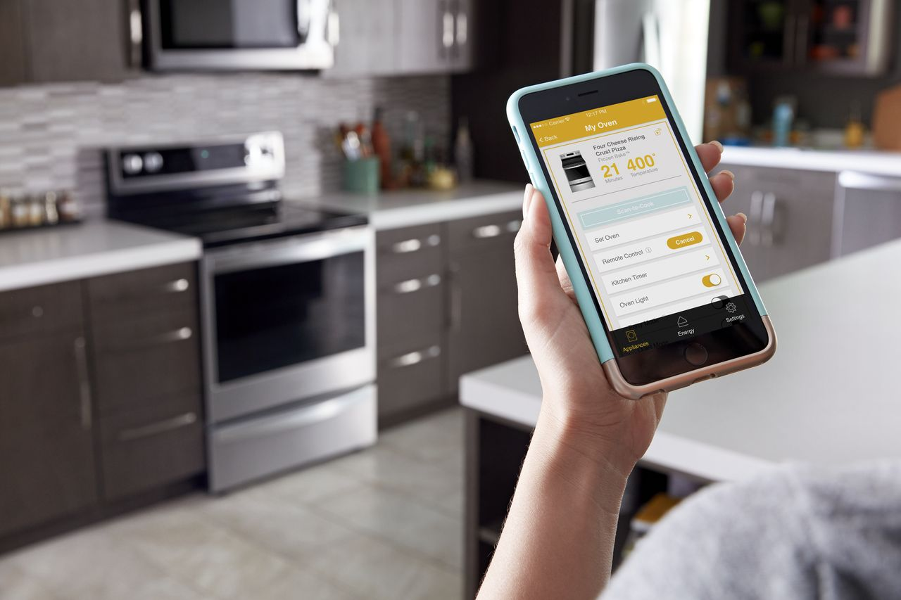 Whirlpool App with Smart Kitchen Suite